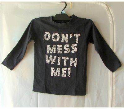 0576 černé tričko Store Twenty One
