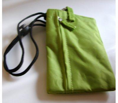 0737-Q4042 zelená taštička na mobil cca 14x9 cm