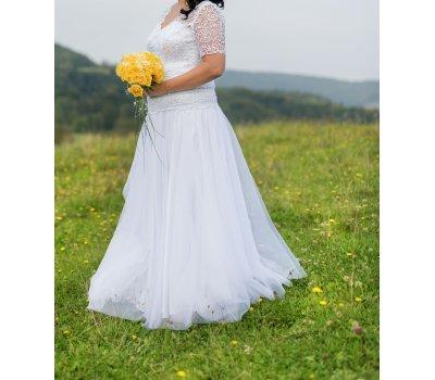 Svatební krajkové šaty