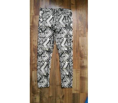 Dámské kalhoty s aztéckým vzorem H&M