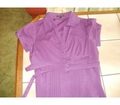 VÝPRODEJ- pěkné fialové minišaty