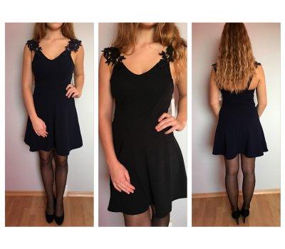 Černé šaty s krajkovými ramínky