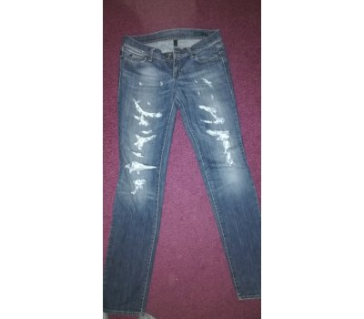 Dámské jeans Benetton. To Zou To