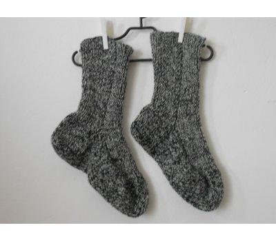 Ručně pletené ponožky s vlnou