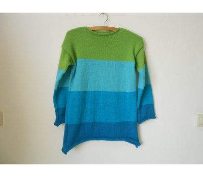 Dámský svetr s vlnou