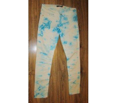 Batikované džíny