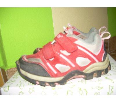 Sportovní boty Peddy
