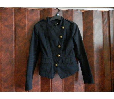 černé sako z Hm