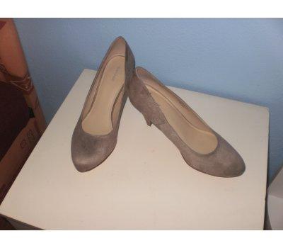 f89ee6338 Bazar modanet   Dámská obuv Lodičky, střevíce