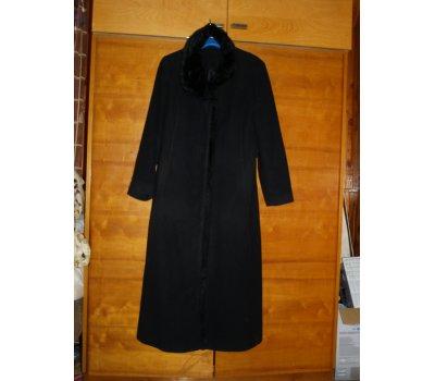 Dámský vlněný kabát f738668e460
