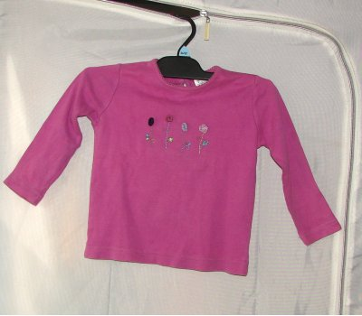 0550 Dívčí triko na donošení